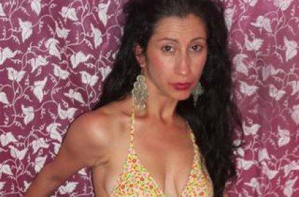 free pics muschi, sie pinkelte